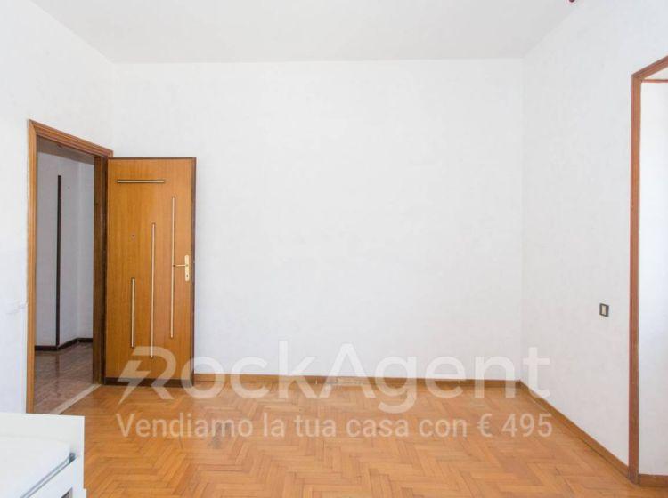 Appartamento di 166 m² e box auto in vendita a Roma