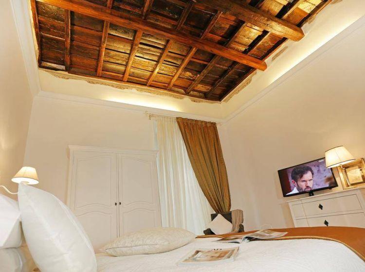 Attività / Licenza di 120 m² con 4 locali in vendita a Roma