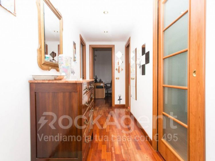 Appartamento di 62 m² con 2 locali in vendita a Roma