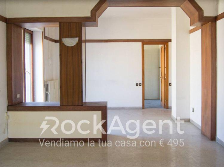 Attico / Mansarda di 230 m² in vendita a Catanzaro