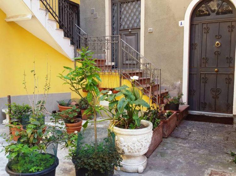 Attico in vendita, via Giovanni Gentile  48, Centro Storico, Catania
