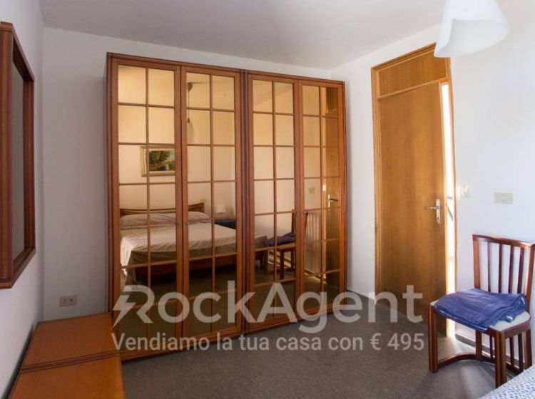 Villa di 250 m² in vendita a Fiumicino