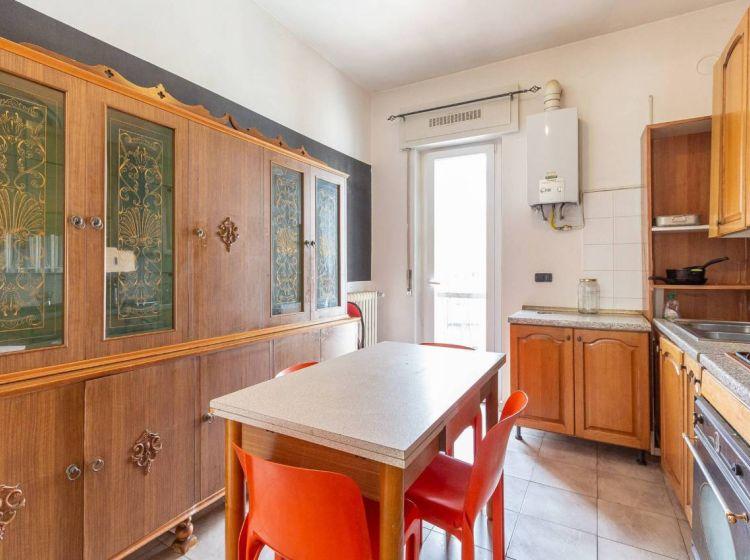 Appartamento di 68 m² con 3 locali in vendita a Abbiategrasso
