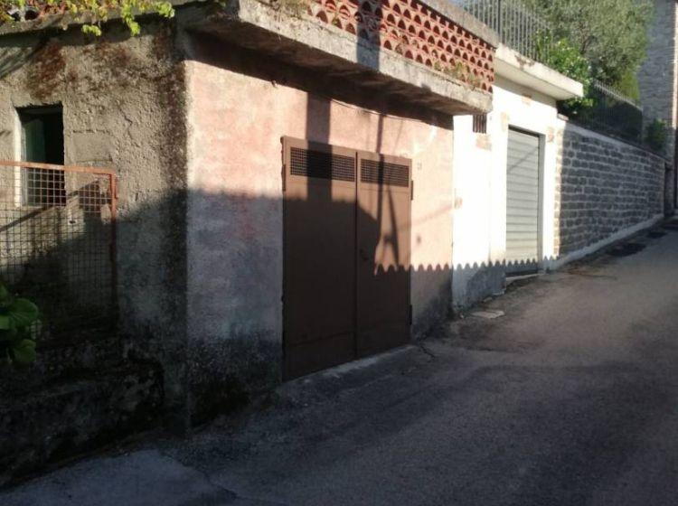 Quadrilocale in vendita, via Colle della Madonna  6, Colle Di Tora
