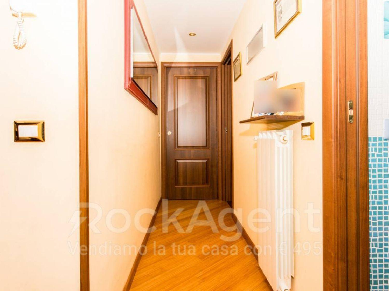 Appartamento in vendita, via Pallagorio 50, Morena, Roma
