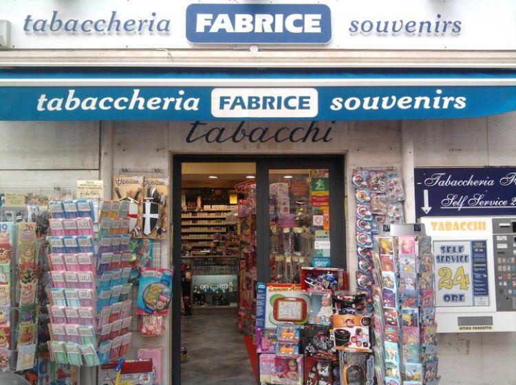 Attività / Licenza in vendita, via Aurelia  231, Santa Marinella
