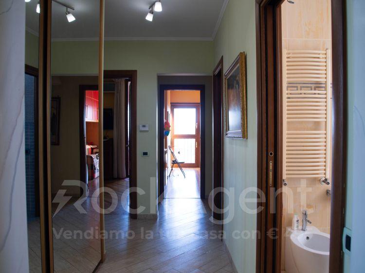 Quadrilocale in vendita, via Valentino Mazzola  38, Roma 70, Roma