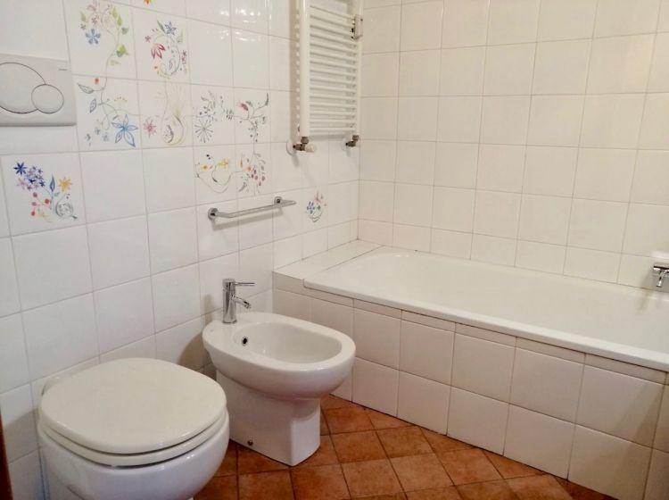 Trilocale in affitto, via Giorgio Chavez  4, Milano