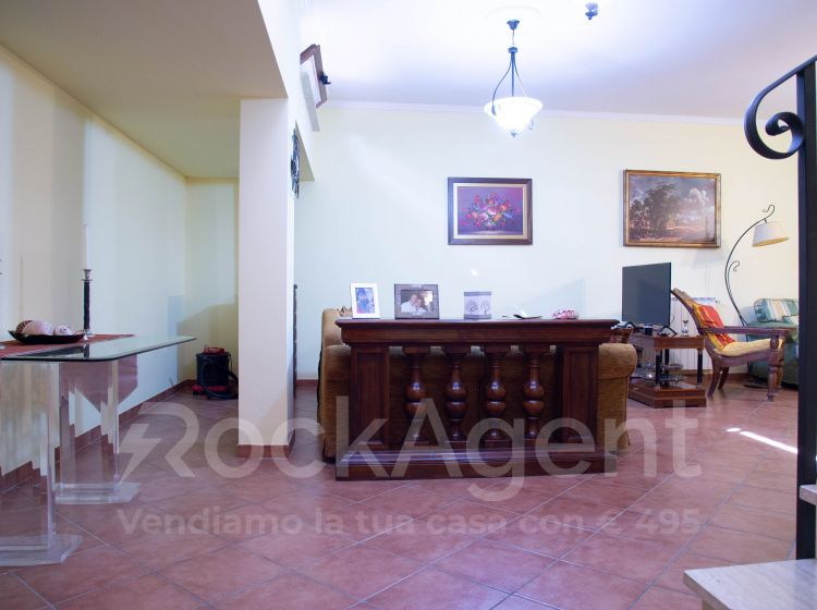Villa in vendita, via Agosta, Guidonia, Guidonia Montecelio