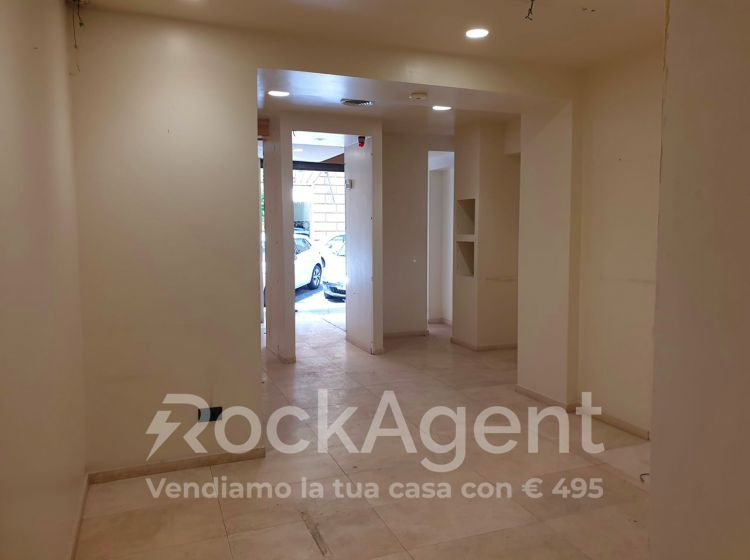 Negozio in affitto, via Silla, Prati, Roma