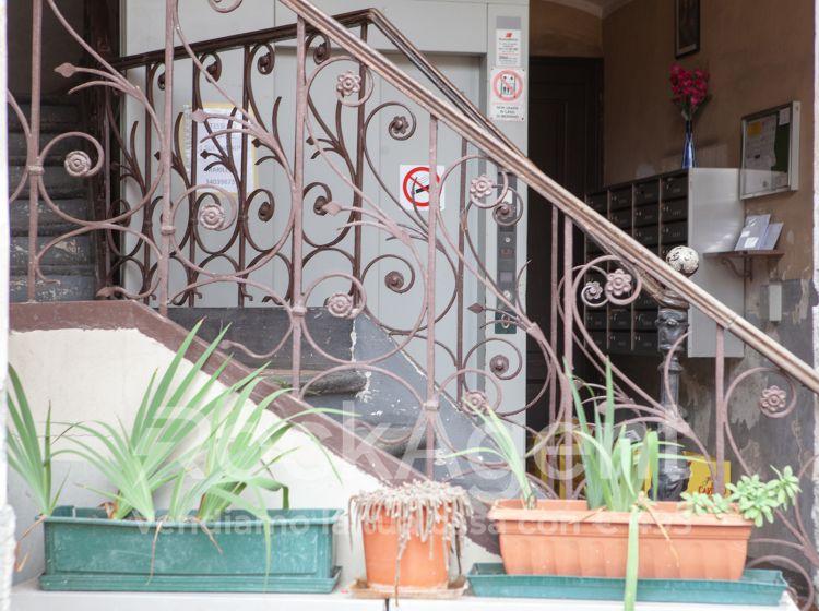 Bilocale in vendita, via Ceresole  2, Torino