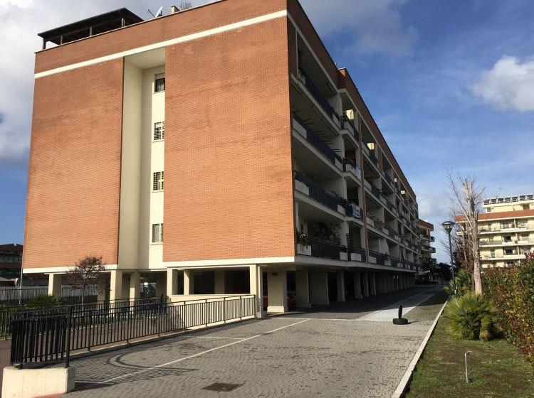 Monolocale in vendita, via Natale Prampolini  14, Ponte di Nona, Roma