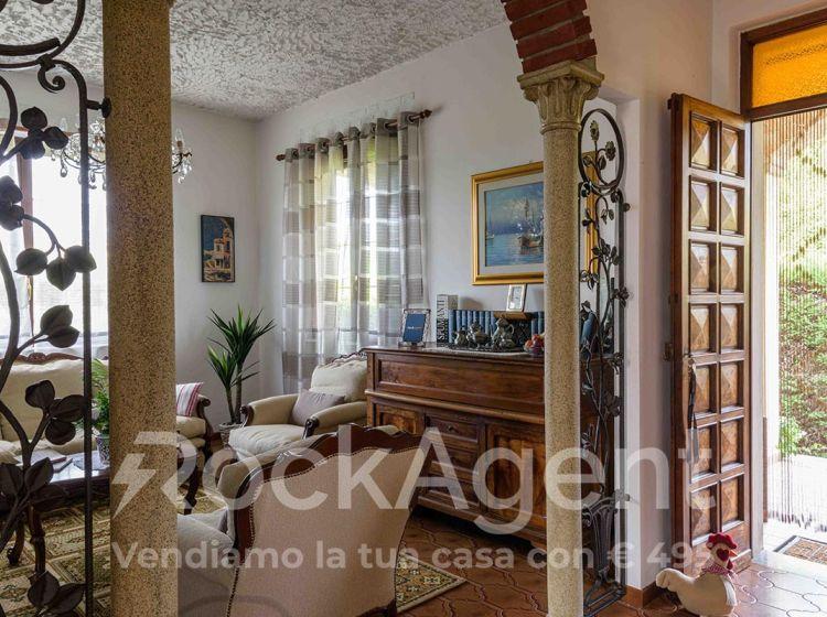 Villa in vendita, Golferenzo  PV  Italia, Golferenzo