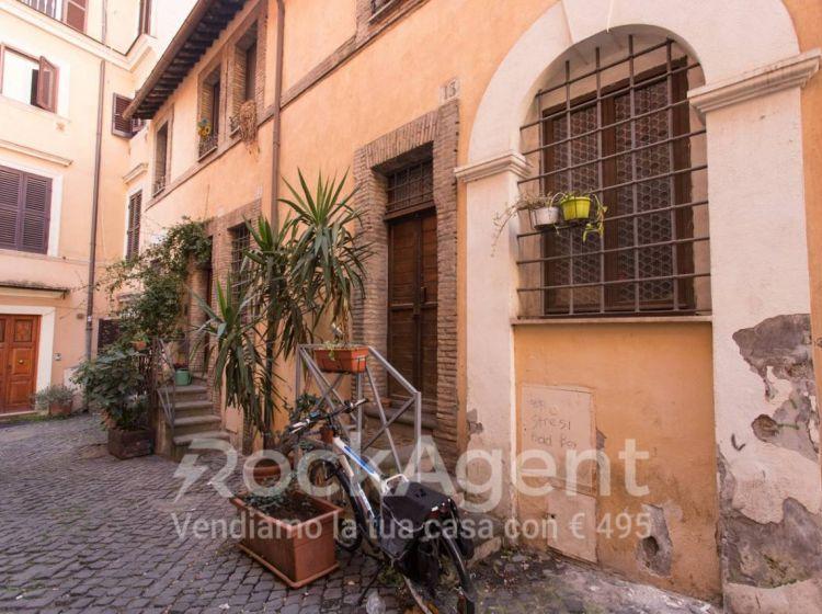 Appartamento di 115 m² con 4 locali in vendita a Roma