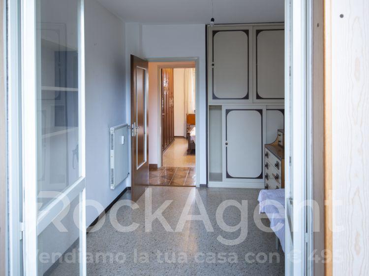 Trilocale in vendita, via Tarvisio  19, San Fermo, Varese