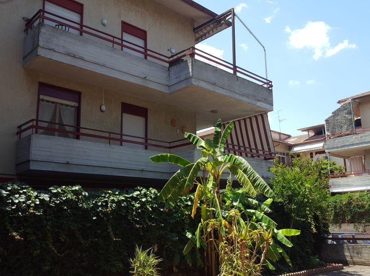Bilocale in vendita, via Ruggero Leoncavallo, Taormina