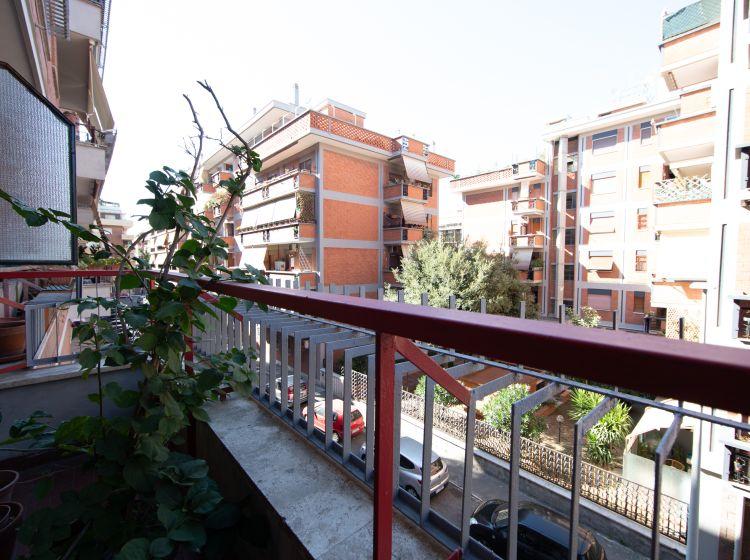 Trilocale in vendita, via Lorenzo Cusani Visconti  7, Ostia Levante, Roma