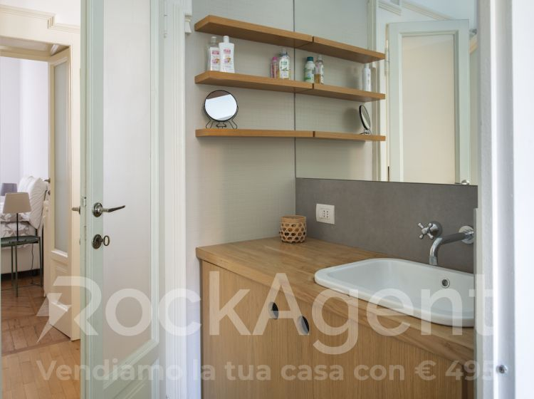 Trilocale in affitto, via Gustavo Modena  12, Milano