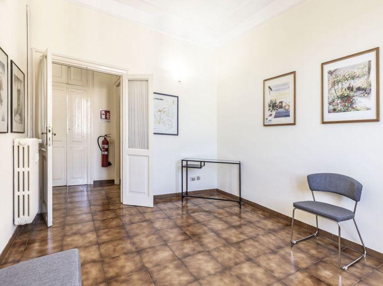 Trilocale in vendita, via Britannia, San Giovanni, Roma