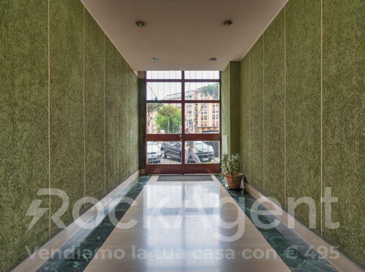 Ufficio in vendita, Largo dei Colli Albani  32, Roma