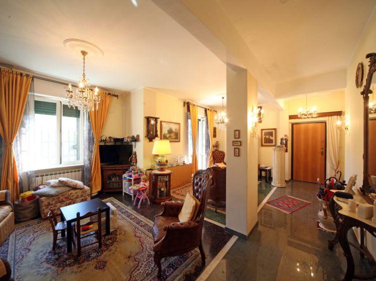Appartamento in vendita, via Orto  13, Arenzano