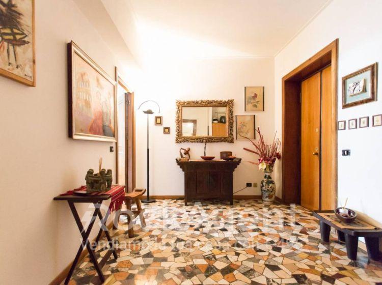 Appartamento di 139 m² con 5 locali in vendita a Roma