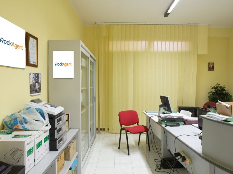 Magazzino o deposito in vendita, via Macello  40, Catania