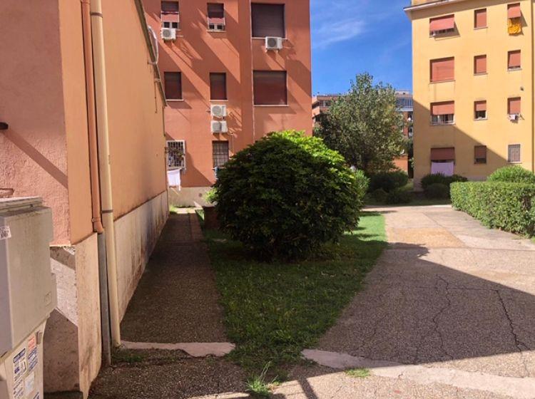 Bilocale in affitto, via Galeazzo Sommi Picenardi  7, Lido Di Ostia
