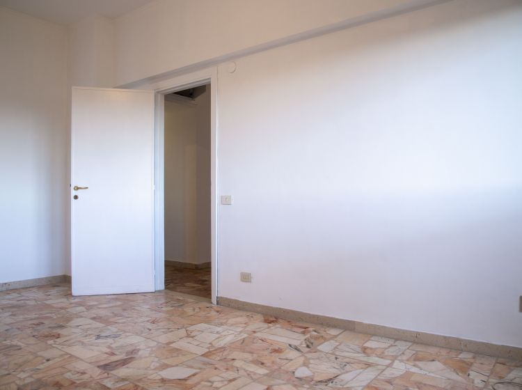 Appartamento in vendita, via Salvatore di Giacomo  66, Montagnola, Roma