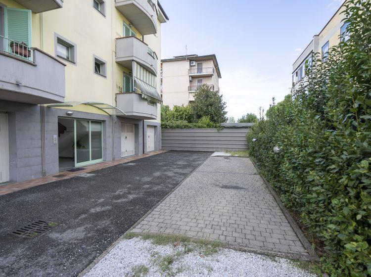 Trilocale in vendita, via San Martino  204, Campi Bisenzio