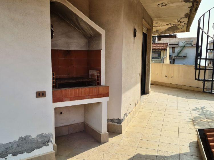 Attico in vendita, via Manganelli  26, Aci Castello