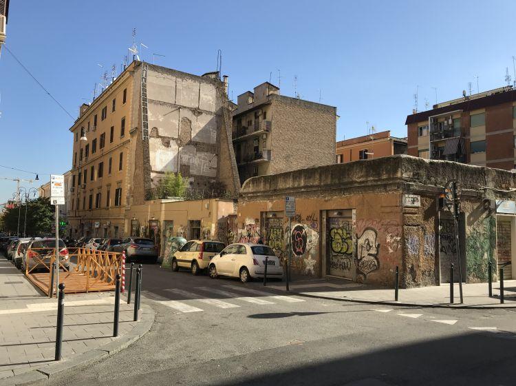 Negozio in affitto, via dei Sabelli  68, San Lorenzo, Roma