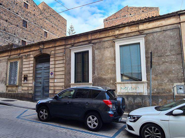 Quadrilocale in vendita, via Benedetto Guzzardi  28, Tribunale, Catania