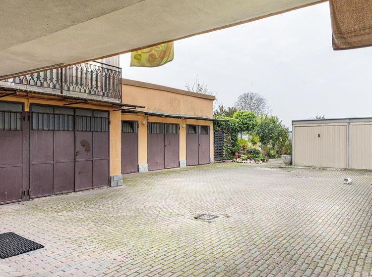 Quadrilocale in vendita, via Togliatti  44, Cava Manara