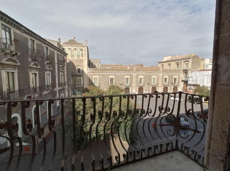 Quadrilocale in vendita, via del Vecchio Bastione  5, Centro Storico, Catania