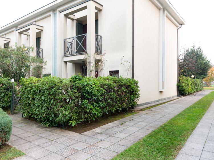 Villa in vendita, via Drizza  53, Solaro