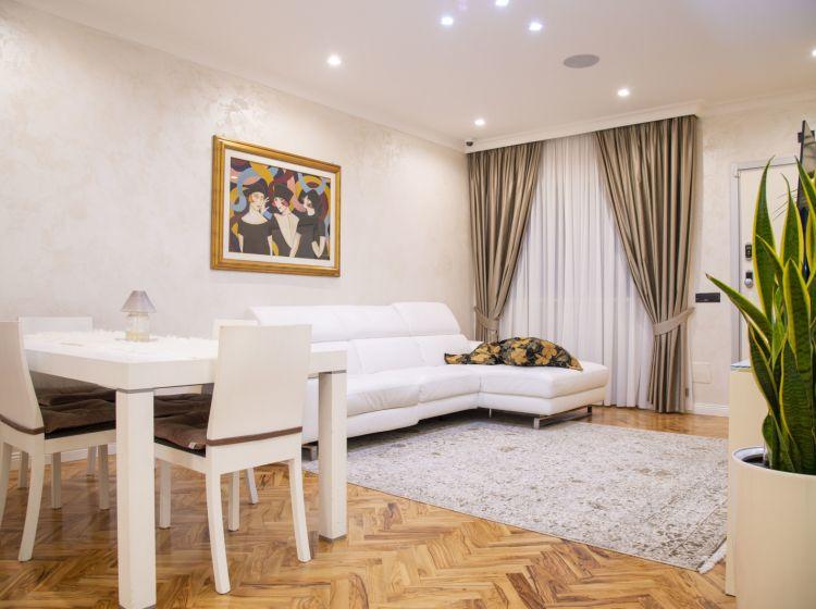 Villa in vendita, via Conza della Campania  25, Ponte di Nona, Roma
