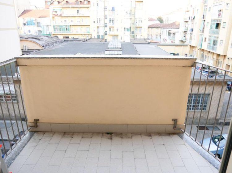 Bilocale in vendita, via Nizza  389, Torino