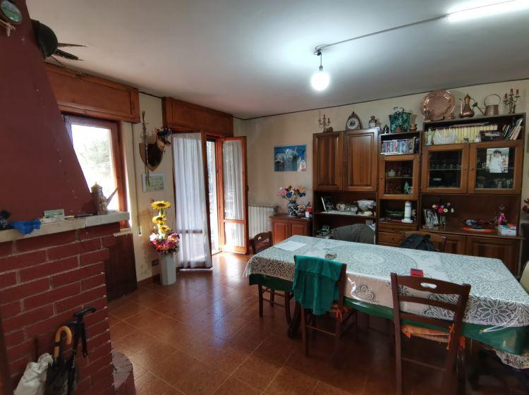 Villa in vendita, via Cisterna  26, Poggio Catino