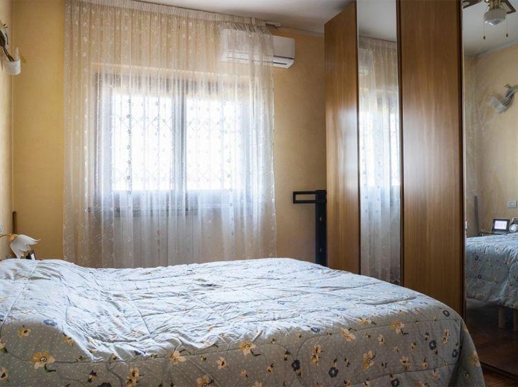 Villa in vendita, via F. lli Bandiera  51, Giussago
