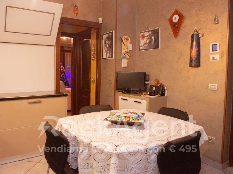 Villa in vendita, via IV Novembre  10, Condove
