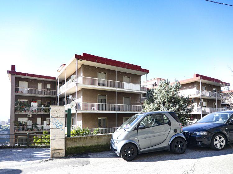 Quadrilocale in vendita, via Carlo V  72, Centro Storico, Catanzaro