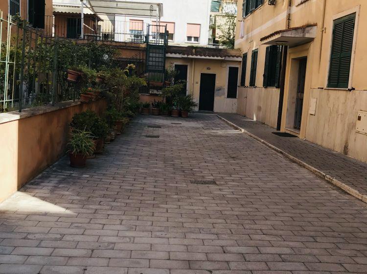 Bilocale in vendita, via delle Spighe, Alessandrino, Roma