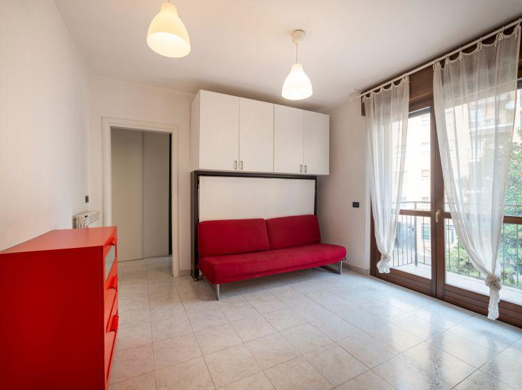 Monolocale in affitto, via Ambrogio Binda  27, Barona, Milano