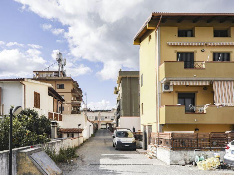 Trilocale in vendita, viale Crotone  202, Catanzaro Lido, Catanzaro
