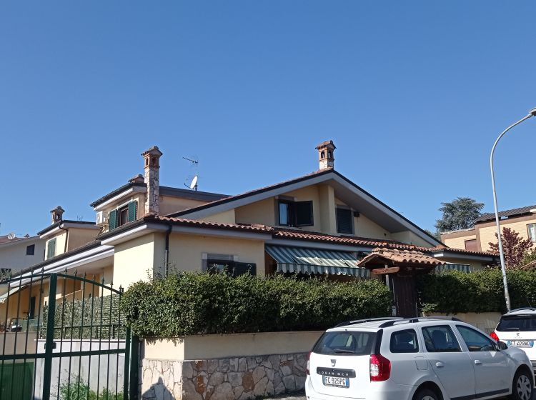 Villa in vendita, via Oricola  3, Marco Simone, Guidonia Montecelio