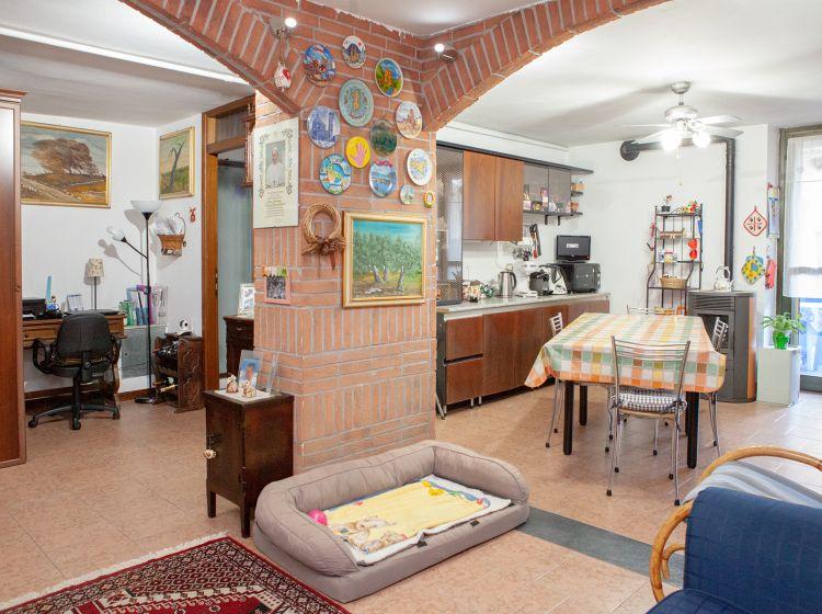 Villa in vendita, via San Lorenzo  9, None