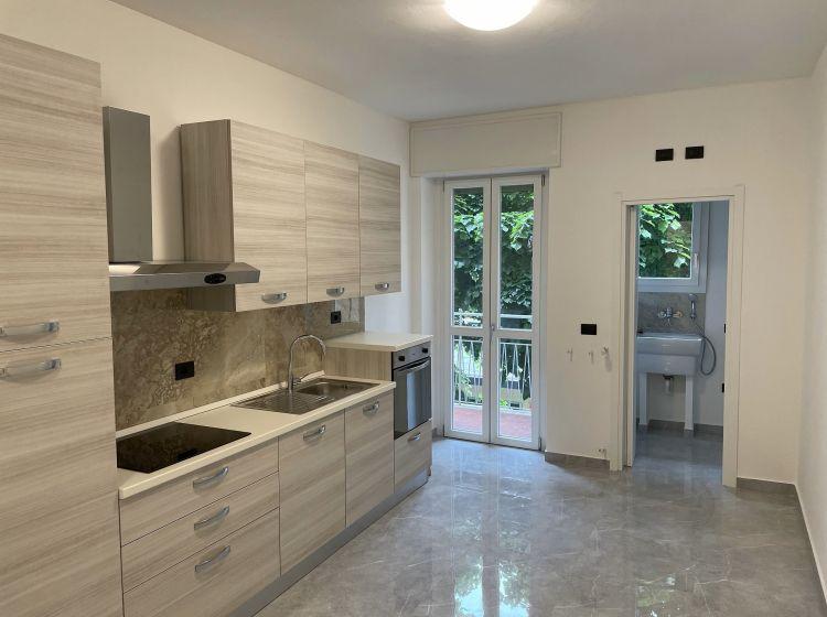Trilocale in affitto, via Torquato Taramelli  68, Isola, Milano