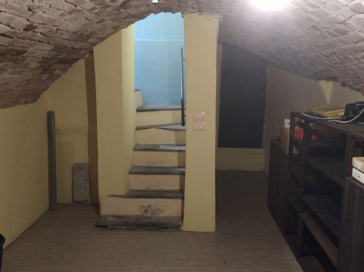 Negozio in affitto, Corso Giuseppe Garibaldi  20, Centro, Pavia