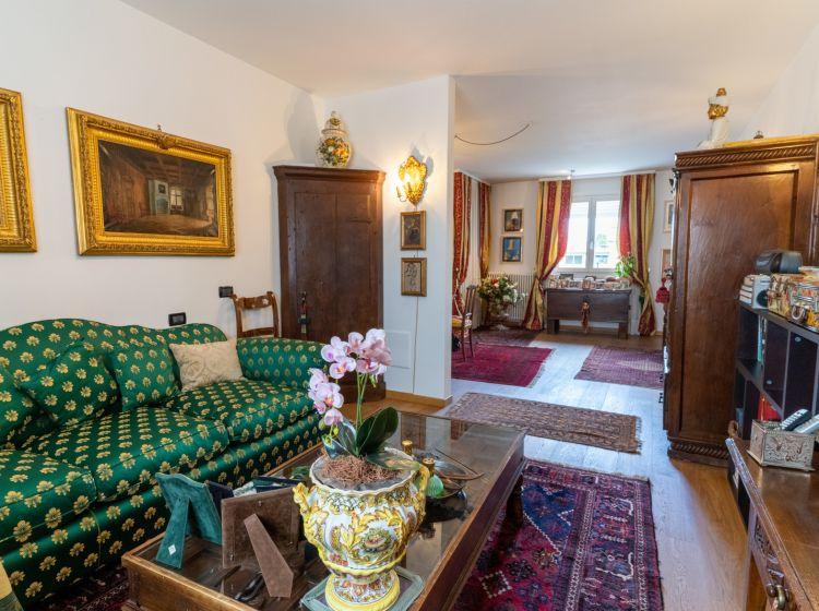 Quadrilocale in vendita, via Niccolò Paganini  5, Abano Terme